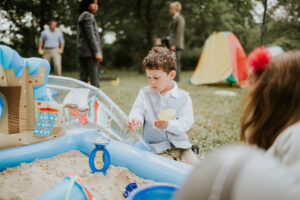 Children at Weddings: Pros and Cons