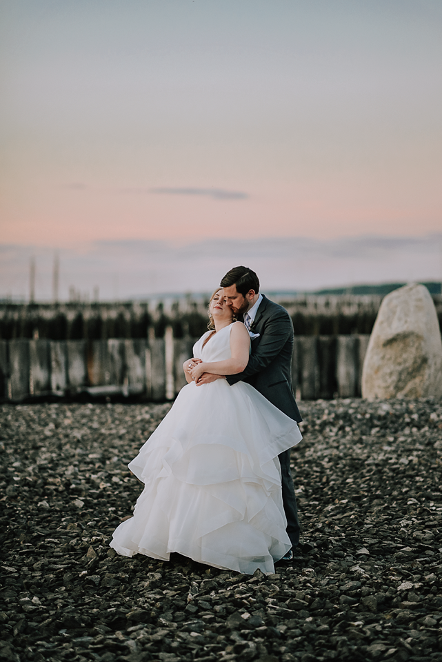 Portland Oceanside Wedding: Rory + Steve